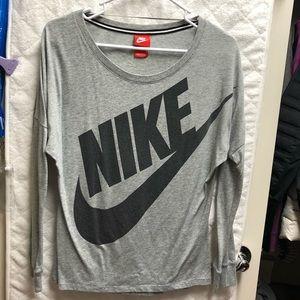 Nike Women's Gray Long Sleeve Top